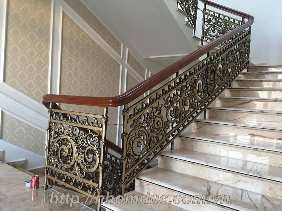 Chân trụ hợp kim nhôm dùng cho cầu thang nhôm kính chính hãng