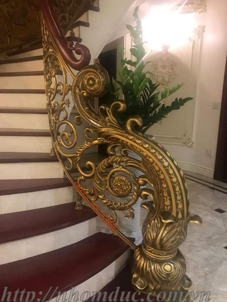 Cầu thang hợp kim nhôm đúc (Cầu thang ,cầu thang đẹp , cầu thang nhôm đúc ) chất liệu nhôm đúc cao cấp
