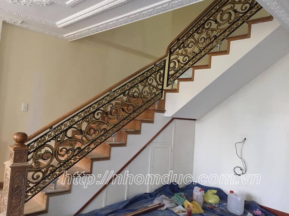 Cầu thang hợp kim nhôm đúc, cầu thang nhôm đúc thay thế cho các sản phẩm cầu thang khác