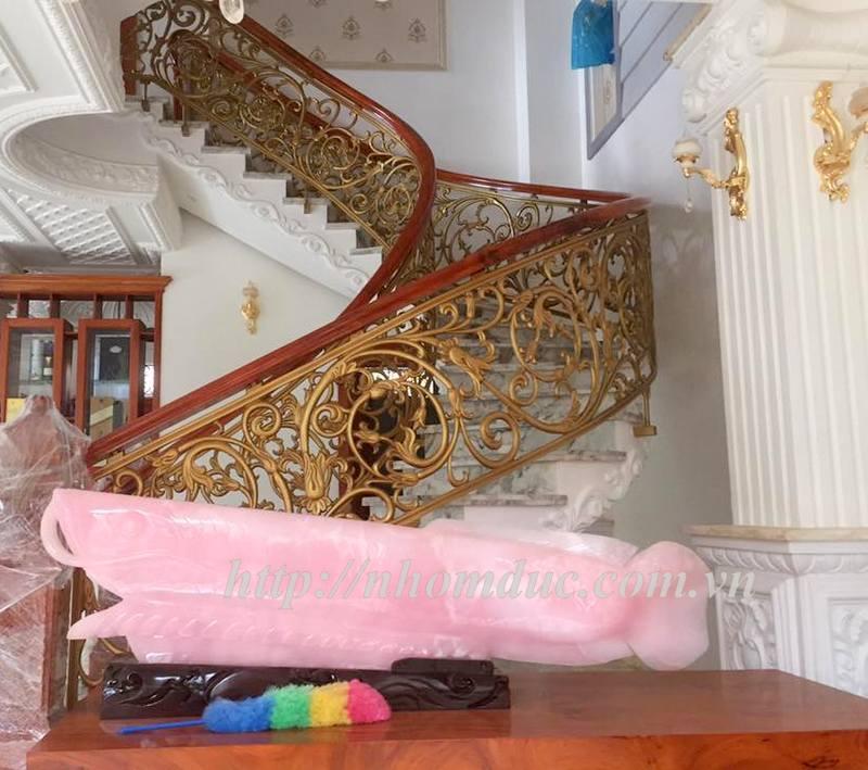 Cầu thang hợp kim nhôm đúc CT, cửa cổng biệt thự fuco hà nội