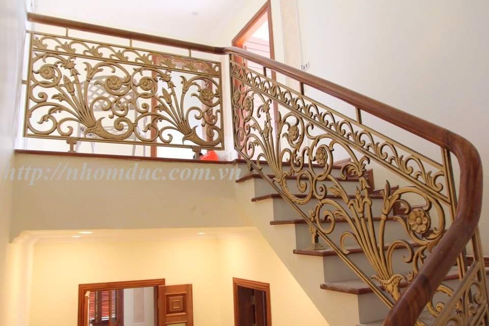 Cầu thang nhôm đúc cao cấp phù hợp với các không gian