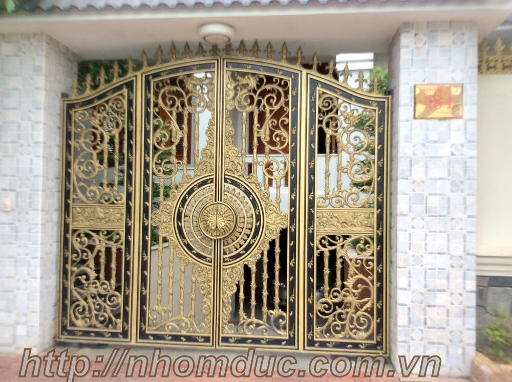 cổng 4 cánh