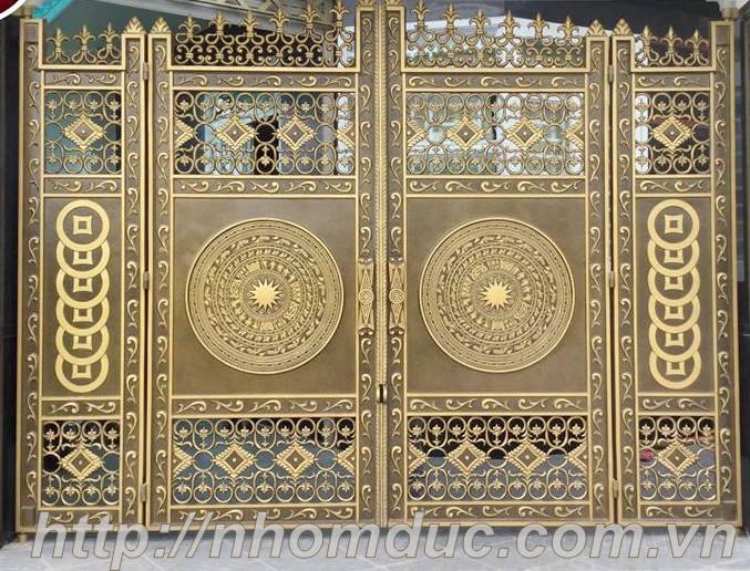 Mẫu cổng nhôm đúc 4 cánh đẹp