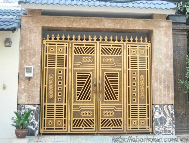 Cổng nhôm đúc 4 cánh, cửa nhôm đúc 4 cánh