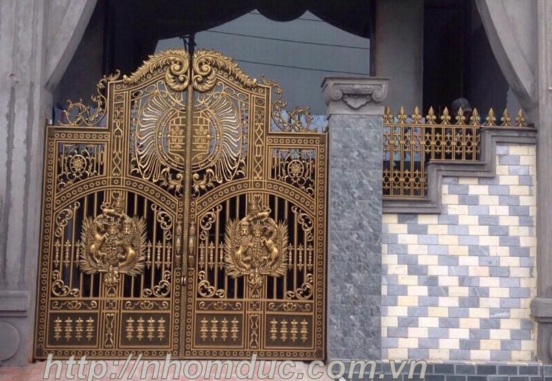 cổng nhôm đúc giá bao nhiêu