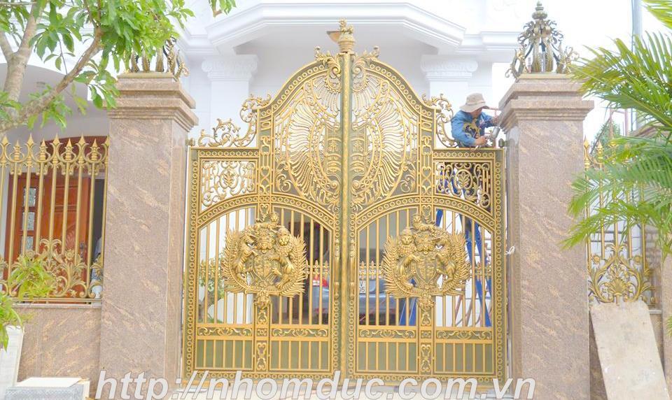 Nhôm đúc quận Hoàn Kiếm, Cổng cửa hợp kim nhôm đúc