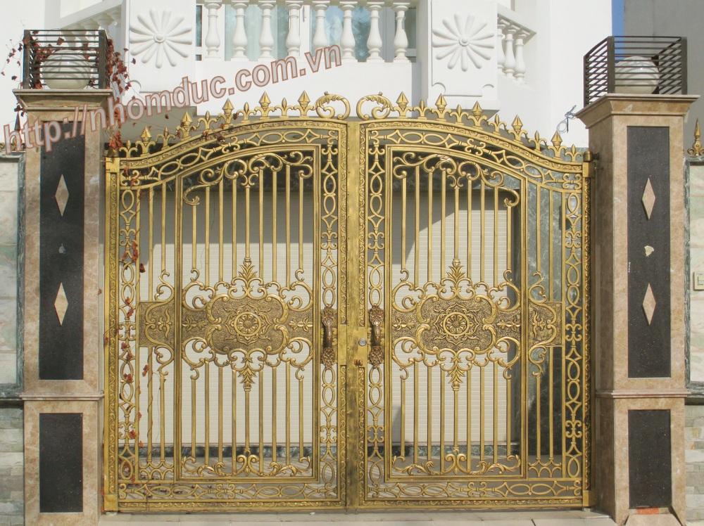 Mẫu cửa cổng nhôm đúc GAT, nhôm đúc Sài Gòn, Cửa cổng nhôm đúc Fuco
