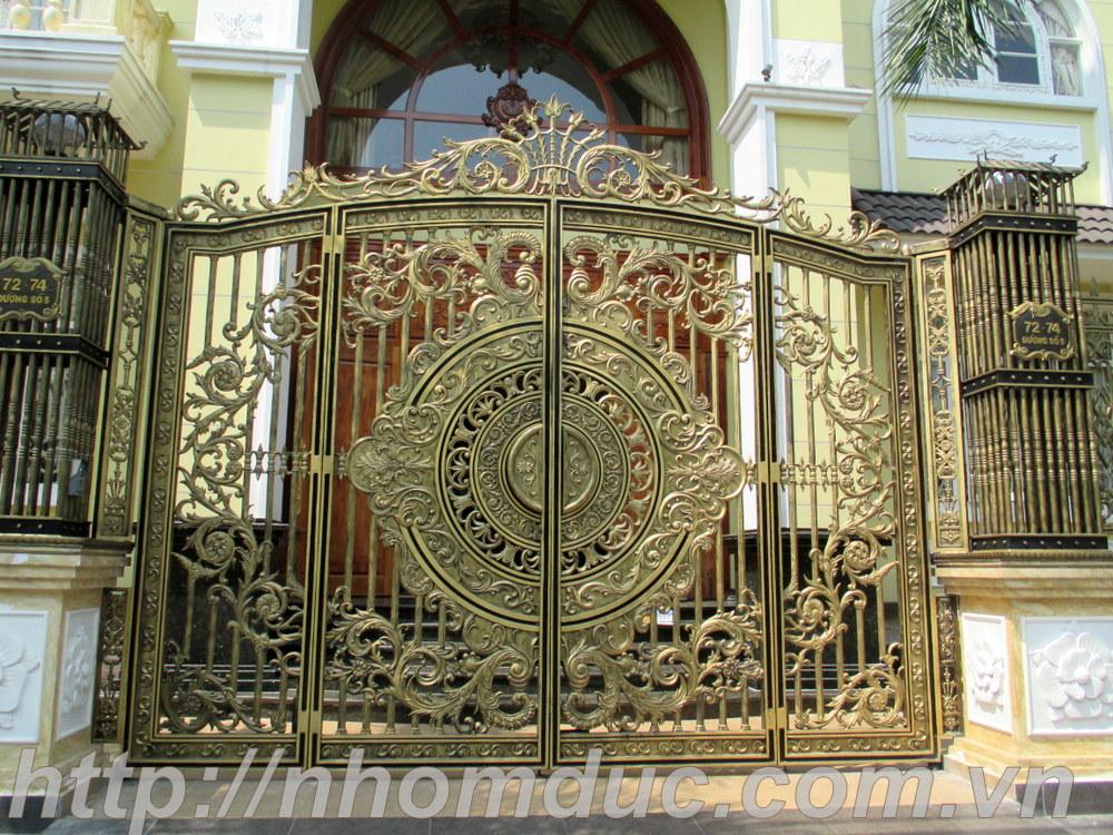 mẫu cổng nhôm đúc đẹp nhất Hà Nội Hồ Chí Minh