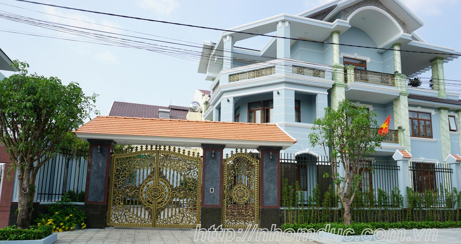 Cổng Nhôm Đúc tại Hồ Chí Minh