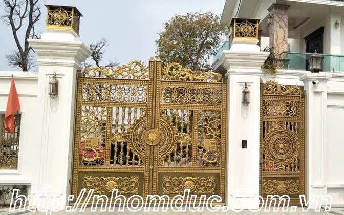 Thi công cổng nhôm đúc Huyện Hóc Môn Hồ Chí Minh