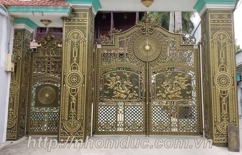 Mẫu cửa cổng đúc hợp kim nhôm