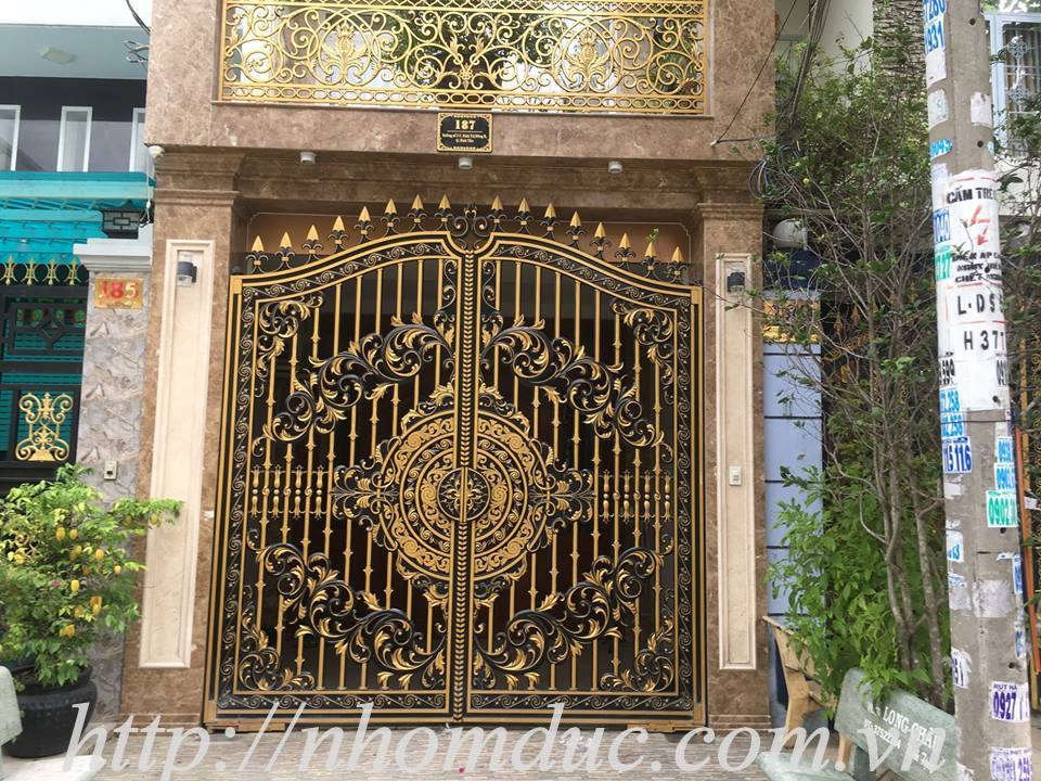 Mẫu cổng nhôm đúc GAT