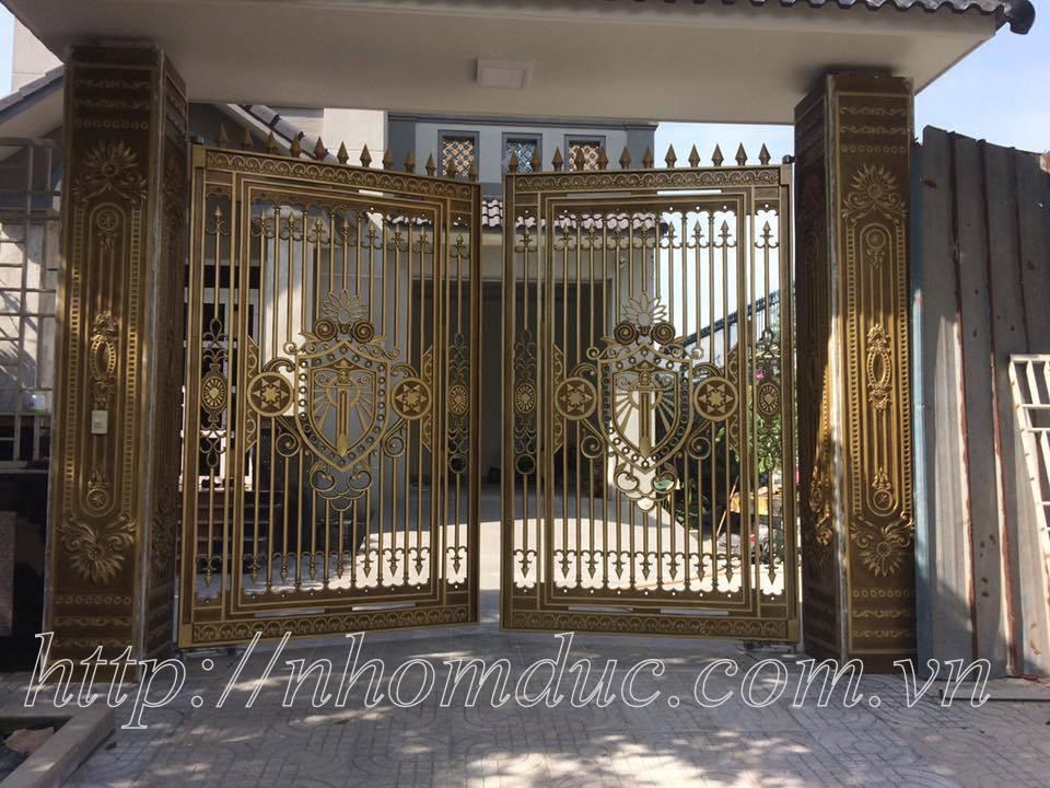 Báo giá cổng nhôm đúc Fuco, liên hệ với công ty hợp kim nhôm đúc
