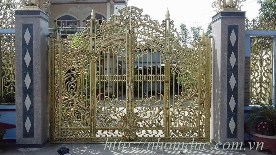 Cổng nhôm đúc đẹp, cửa nhôm đúc đẹp, các sản phẩm nhôm đúc đẹp khác như hàng rào, lan can, ban công, cầu thang, thông gió nhôm đúc,