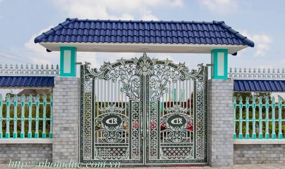 Cổng nhôm đúc GAT, nhôm đúc Fuco, sản phẩm nhôm đúc công nghệ Nhật Bản. Nhôm đúc Fuco có nhiều tính năng nổi trội tại Hà Nội.