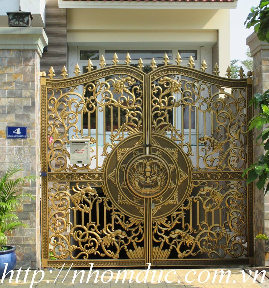 chuyên sản xuất cổng nhôm đúc đẹp thể hiện đẳng cấp cổng nhôm đúc biệt thự hàng đầu tại Việt Nam