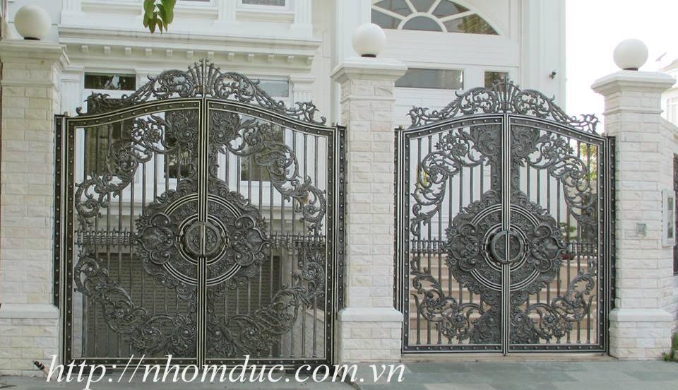 Cổng biệt thự, cổng nhôm đúc biệt thự, cửa nhôm đúc