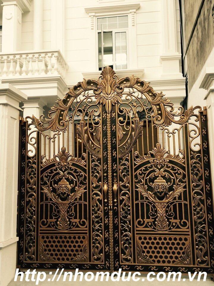 cổng nhôm đúc Fuco Hòa Bình