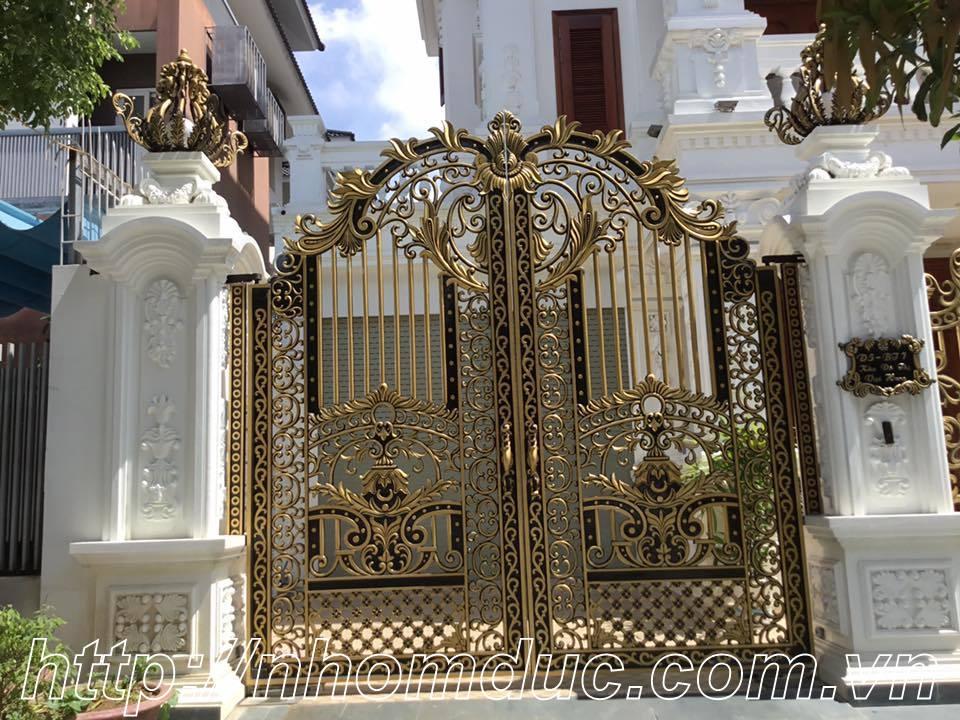 Mẫu cửa cổng nhôm đúc GAT 126