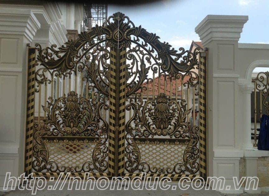 Các mẫu cổng cửa nhôm đúc Fuco đẹp. Cổng nhôm đúc đẹp, mẫu cổng nhôm đúc biệt thự đẳng cấp
