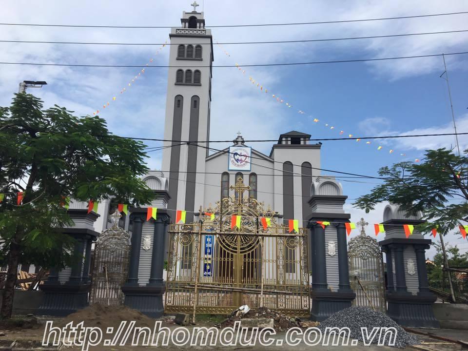 cổng nhà thờ, Cửa cổng hợp kim nhôm đúc với những ưu điểm vượt trội mà không vật liệu thay thế được.