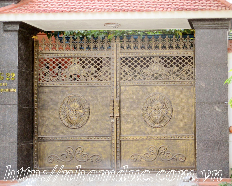 Mẫu cửa nhôm đúc GAT 123, cổng nhôm đúc phù điêu
