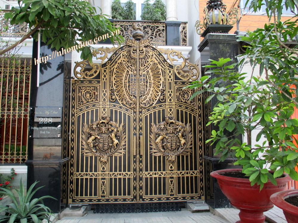 cửa nhôm đúc, Chuyên sản xuất hàng rào nhôm đúc,cổng nhôm đúc