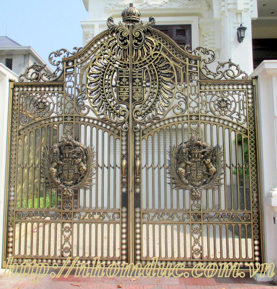 Cửa cổng nhôm đúc được đúc đặc nguyên khối bằng hợp kim nhôm, bền chắc, không gỉ sét