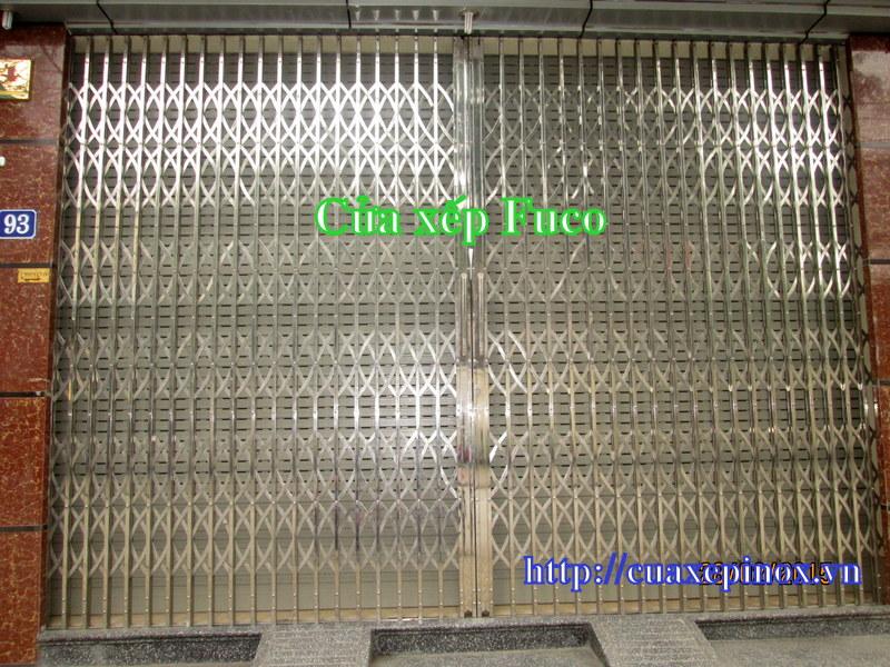 Cửa xếp INOX Hộp 304, đây là loại cửa xếp INOX hộp 20x20 cao cấp nhất hiện nay. Cửa xếp INOX hộp 304 tại Hà Nội và các tỉnh, liên hệ Cty Fuco
