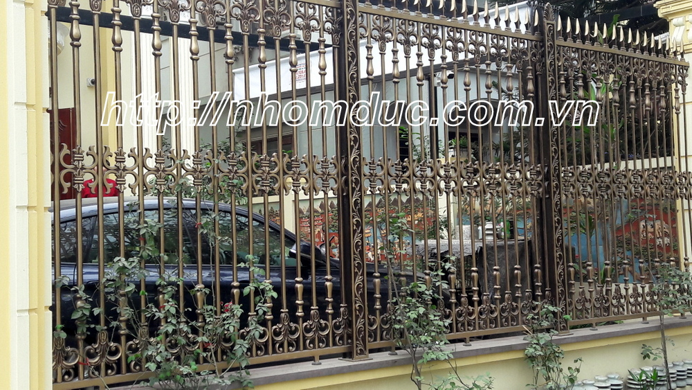 hàng rào nhôm đúc phức tạp, hàng rào nhôm đúc phù điêu và các loại hàng rào nhôm đúc