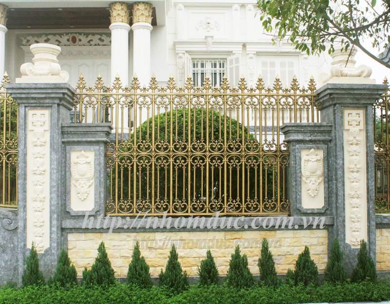 Cửa cổng nhôm đúc