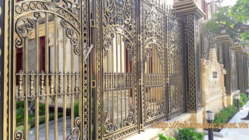 cửa cổng biệt thự nhôm đúc Fuco Yên Bái, cửa cổng biệt thự nhôm đúc Fuco Nghĩa Lộ