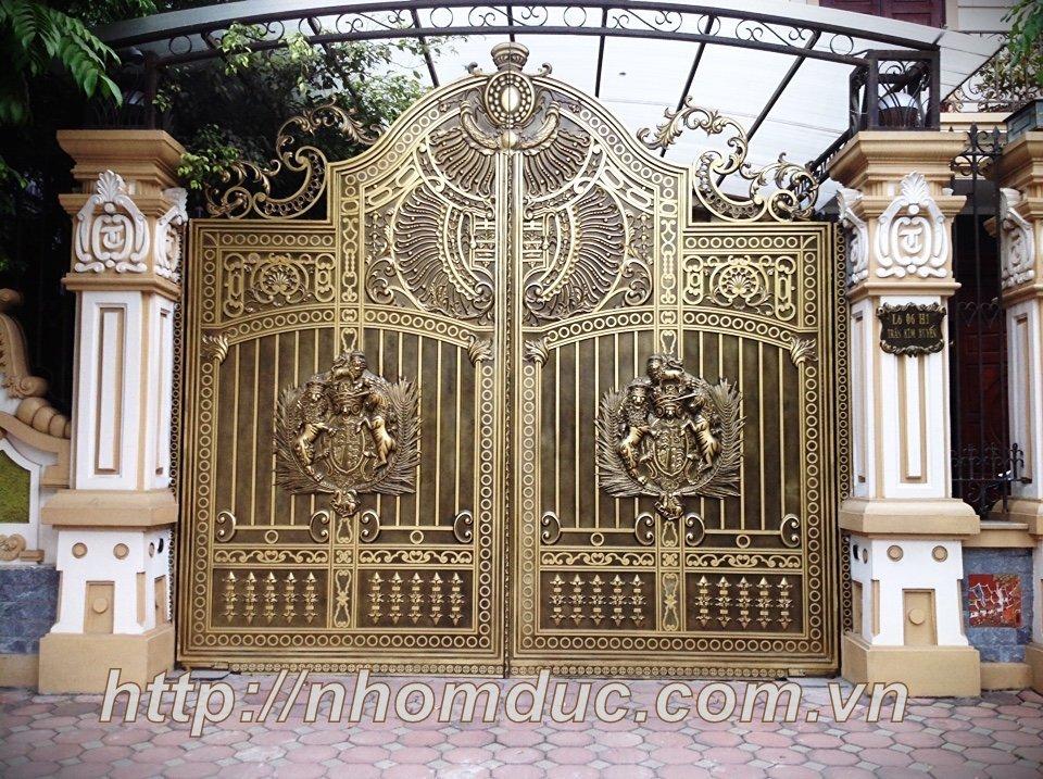 cổng đẹp sài gòn , cổng biệt thự đẹp, cửa cổng hợp kim nhôm đúc