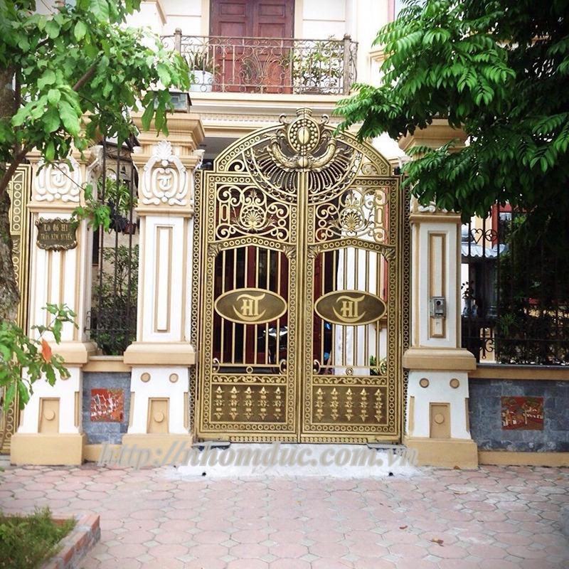 Mẫu cổng nhôm đúc biệt thự hiện đại, cổng nhôm đúc