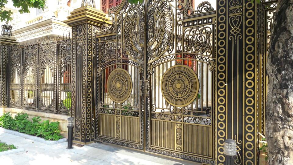 Các loại cửa cổng nhôm đúc biệt thự cao cấp, tại Hà Nội