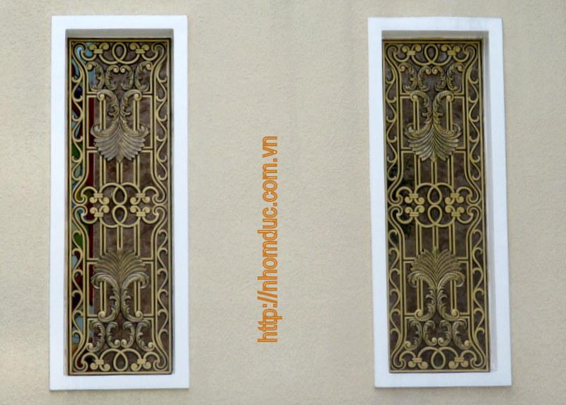Báo giá cổng nhôm đúc Hà Nội, cổng nhôm đúc đơn giản đến cổng nhôm đúc phức tạp, cổng nhôm đúc có phù điêu và cổng nhôm đúc không phù điêu