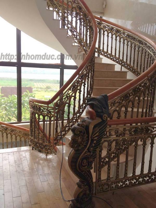 Báo giá cầu thang nhôm đúc
