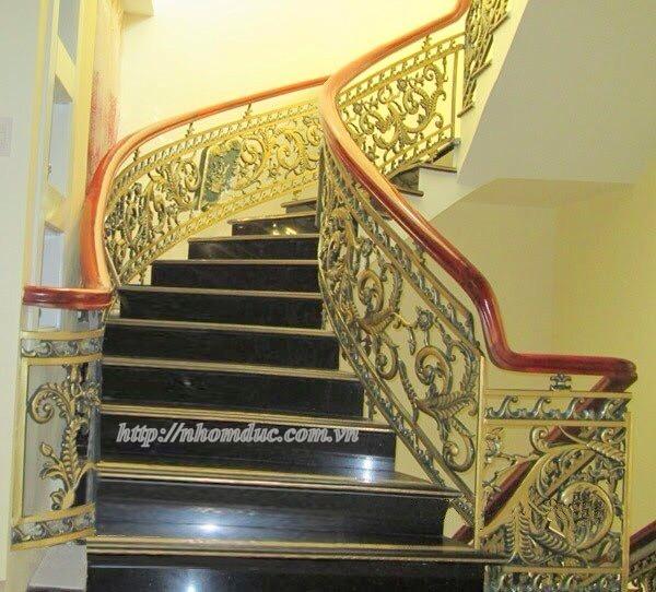 Cầu thang nhôm đúc Fuco. Cầu thang hợp kim nhôm đúc Cầu thang hợp kim nhôm đúc Sản phẩm cầu thang nhôm đúc