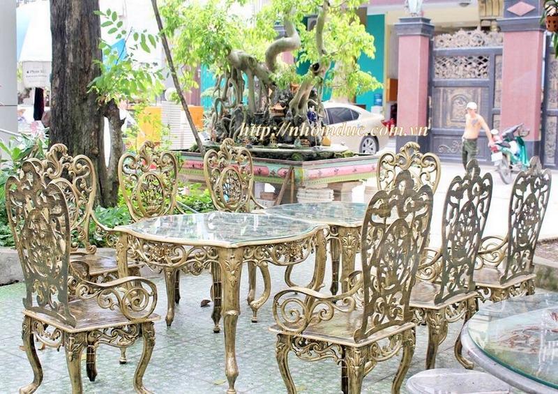 Báo giá lan can, hàng rào, cầu thang, chổng gai, bàn ghế, nhôm đúc hợp kim