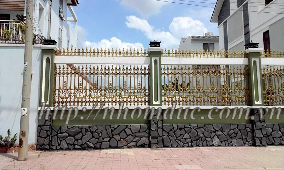 Báo giá cổng, hàng rào nhôm đúc
