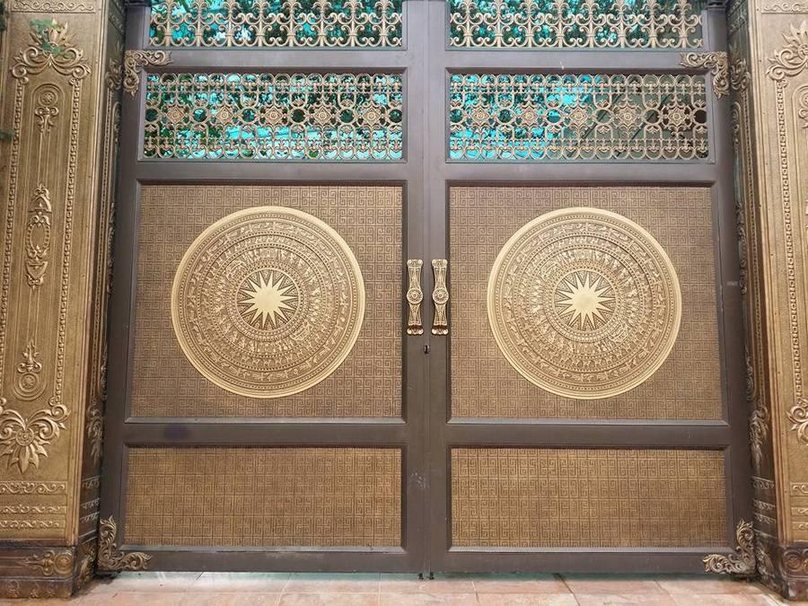 cổng nhôm đúc trống đồng fuco