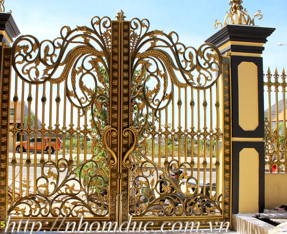 cổng nhôm đúc không phù điêu, các loại cổng nhôm đúc đẹp