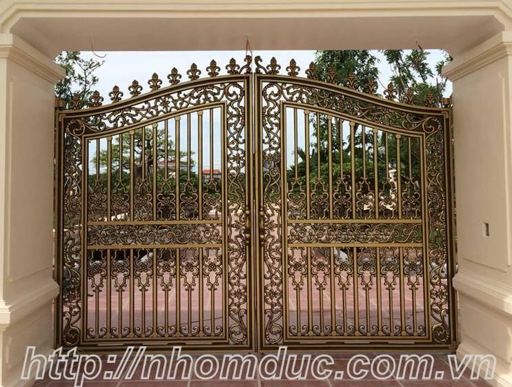 cổng nhôm đúc đẹp nhất Hà Nội, được nhiều khách hàng lựa chọn hiện nay.