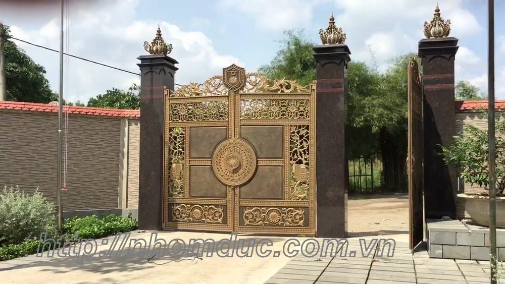 Cổng cửa hợp kim nhôm đúc cao cấp tại Lai Châu Cổng cửa hợp kim nhôm đúc cao cấp Cổng cửa hợp kim nhôm đúc Nhà máy sản xuất nhôm đúc