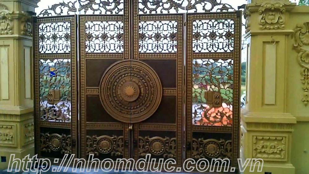 Báo giá cửa cổng nhôm đúc cầu thang lan can hàng rào hợp kim