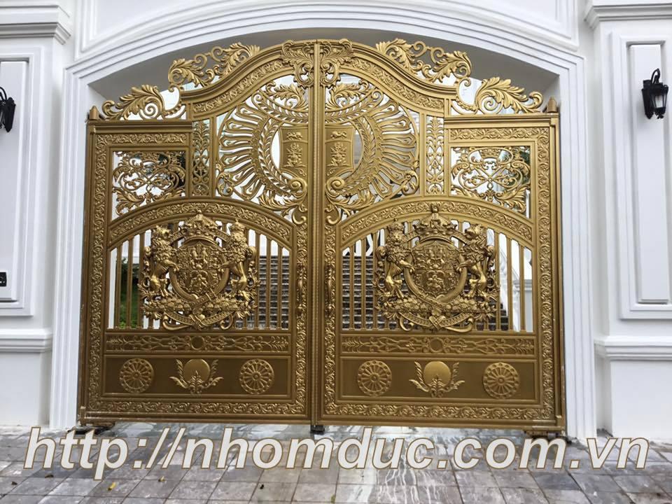 Tổng hợp các mẫu cổng nhôm đúc đẹp nhất Việt Nam