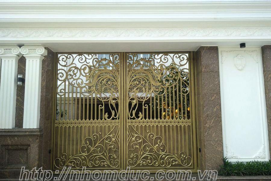 Tổng hợp các mẫu cửa cổng nhôm đúc đẹp nhất