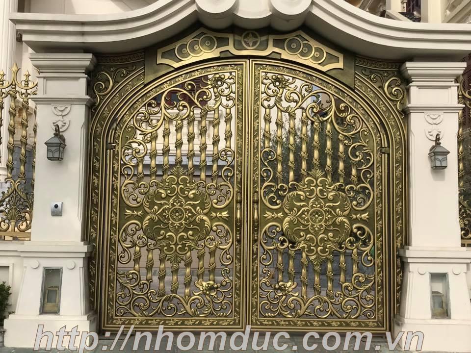 Mẫu cổng nhôm đúc tứ linh đẹp