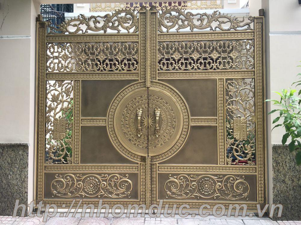 Cửa cổng nhôm đúc Fuco mẫu mã đẹp, sản xuất công nghệ Nhật Bản, sơn nhập khẩu cao cấp. Cửa nhôm đúc chất lượng