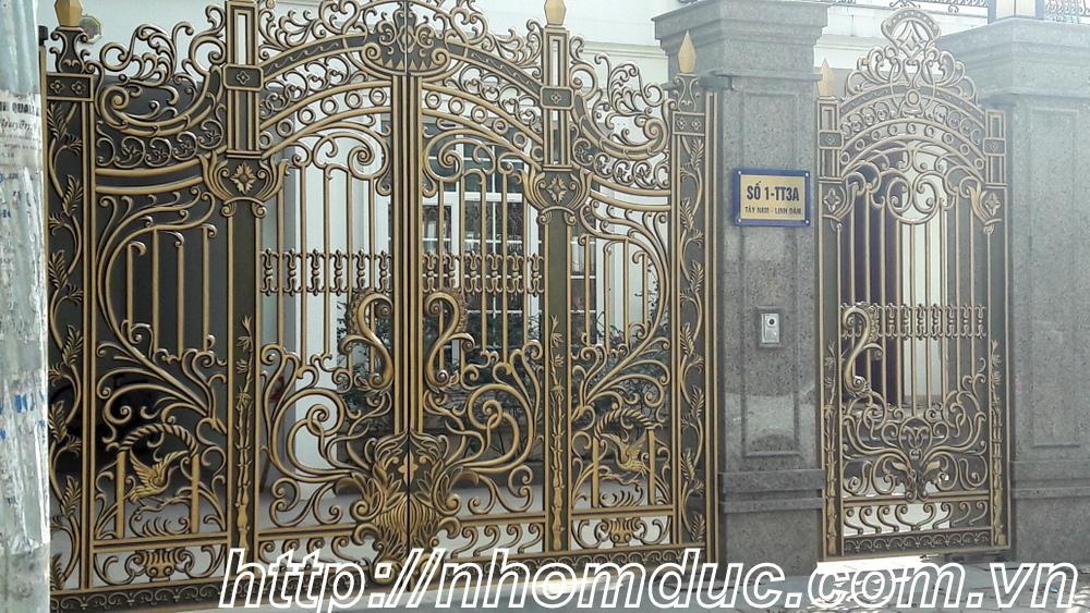 Mẫu cổng nhôm đúc hình trống đồng Việt Nam